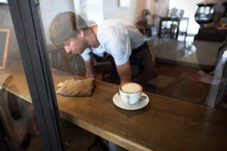 Customer Service at Coffee Shop